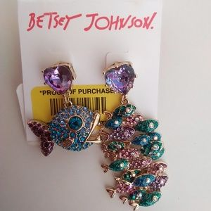 Betsey Johnson New Blue Fish Mismatch Earrings